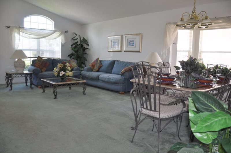 Nice 4 Bedroom 3 Bathroom Pool Home in Lake Berkley Resort. 4705AW - Image 1 - Kissimmee - rentals