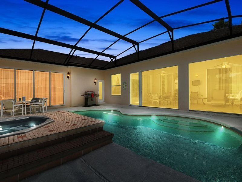 Luxurious 4 Bedroom 3 Bathroom Pool Home With Games Room. 354PD - Image 1 - Davenport - rentals