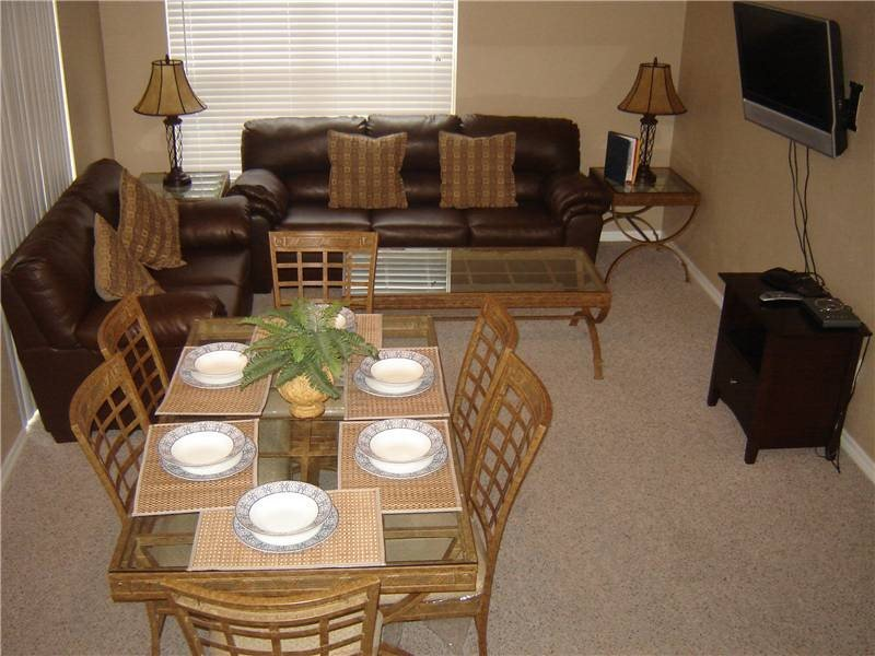 4 Bedroom 3 Bathroom Town Home in Kissimmee. VS062 - Image 1 - Orlando - rentals