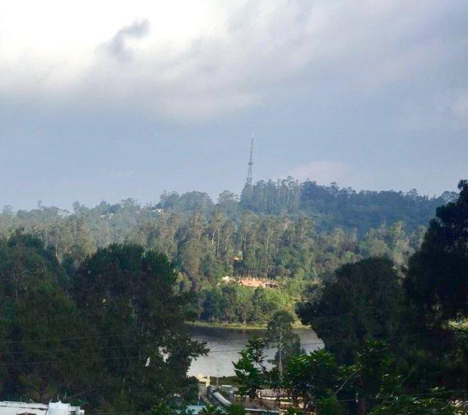 Lake view from garden - Maruti Villa amazing lake view - Kodaikanal - rentals