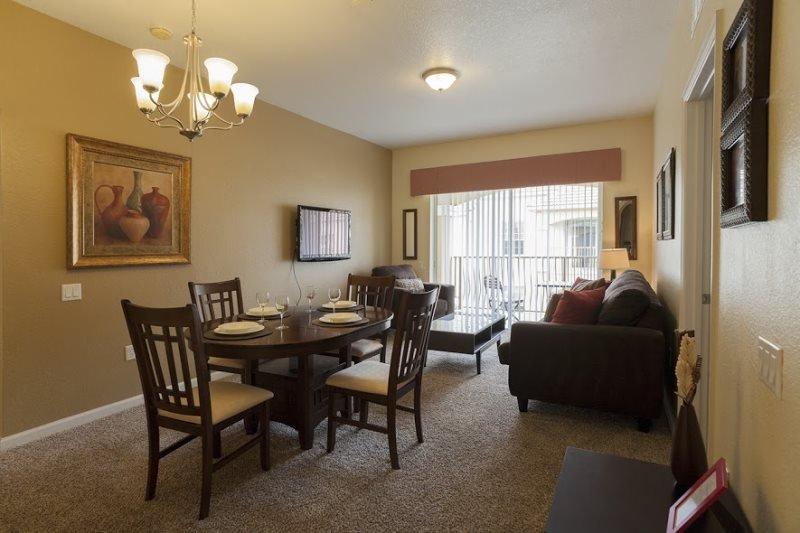 2 Bedroom Condo Right next to the Orange County Convention Center. 4814CA-407 - Image 1 - Orlando - rentals