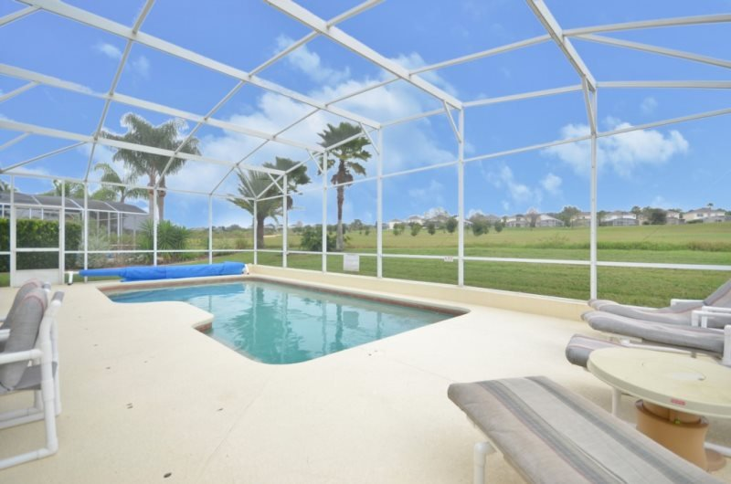 Executive 5 Bedroom 3 Bathroom Golf Home with Pool. 310KW - Image 1 - Davenport - rentals