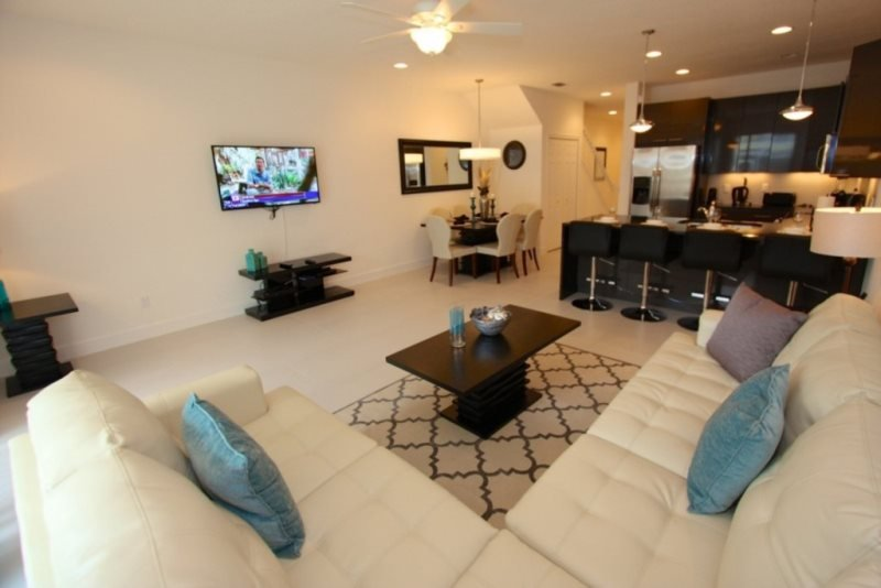 Elegant 3 Bedroom 3 Bath Town Home with a Pool in Serenity at Dream Resort - Image 1 - Kissimmee - rentals