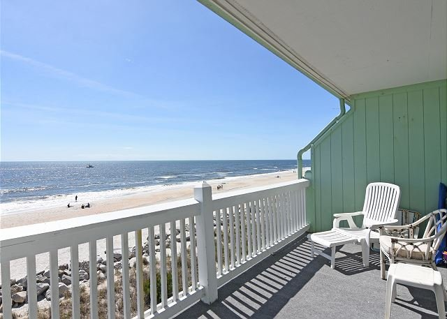Sunskipper D10 Ocean front deck - Sunskipper Unit D10 -  Oceanfront penthouse condo with easy beach access, pool - Carolina Beach - rentals