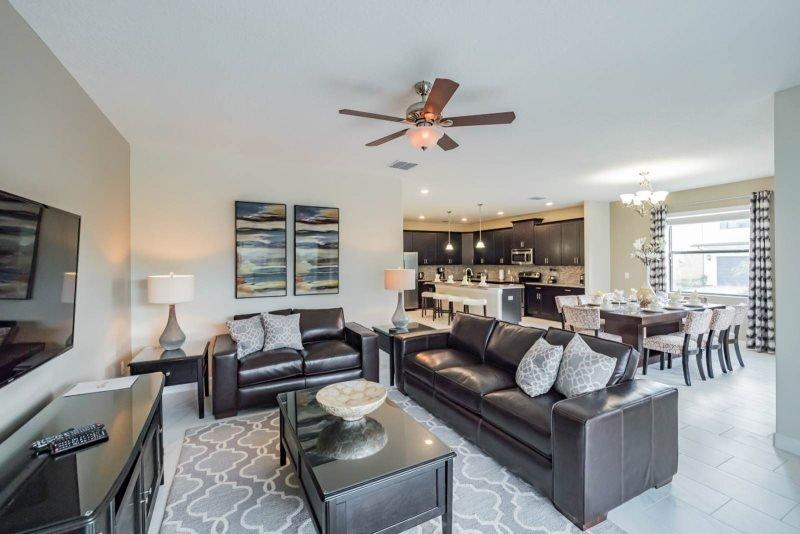 6 Bedroom 5 Bath Solterra Resort Pool Home with 4 King Bedrooms. 5481SC - Image 1 - Davenport - rentals
