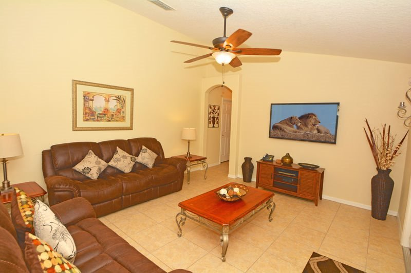 Orange Tree 6 Bedroom 3 Bath Pool Home. 15809HH - Image 1 - Clermont - rentals