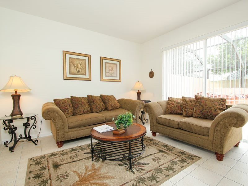 3 Bedroom 3 Bath Town Home With Jacuzzi In Kissimmee. 2405SPD - Image 1 - Orlando - rentals