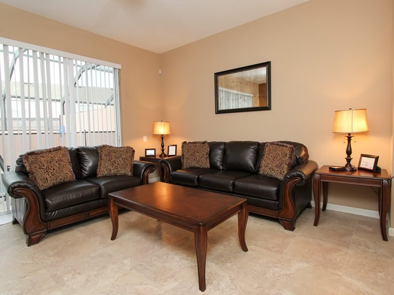 3 Bed 3 Bath Town House Near Disney with Splash Pool. 8123PPL - Image 1 - Orlando - rentals