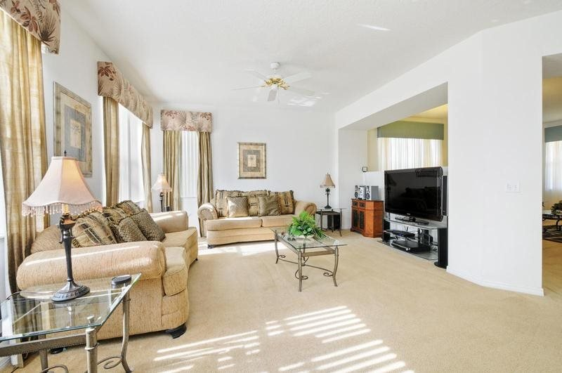 4 Bedroom 3.5 Bathroom Pool Home With Oversized Pool. 103BLL - Image 1 - Orlando - rentals