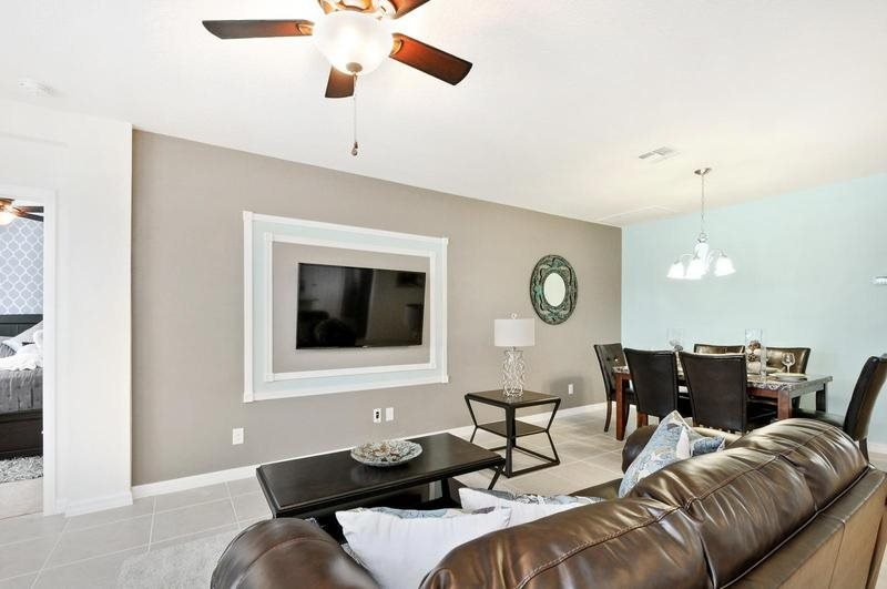 Beautiful 4 Bedroom 3 Bathroom Pool Home In Gated Community. 1338YC - Image 1 - Orlando - rentals