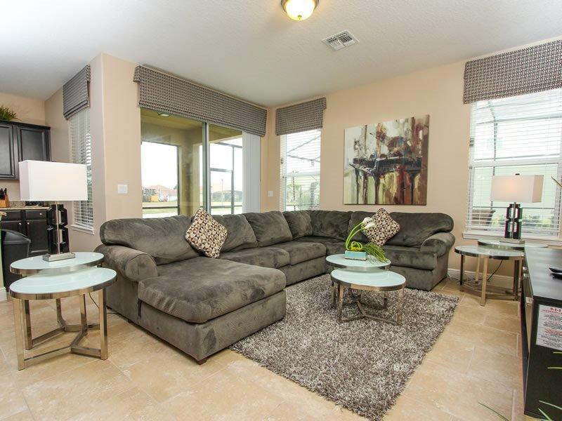 7 Bedroom 5.5 Bedroom Luxury Vacation Home In Solterra Resort. 4204OTD - Image 1 - Orlando - rentals