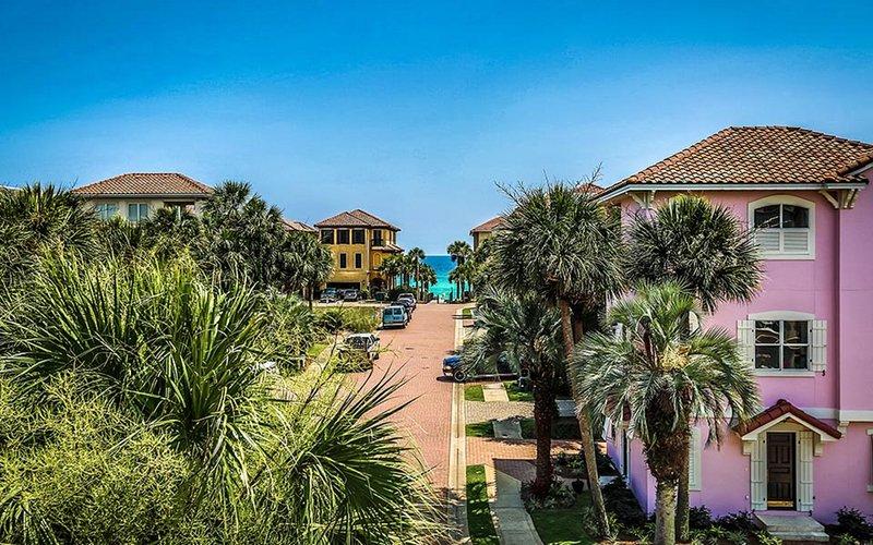 At Last : 3 Bdrm, Sleeps 10, Private Community, Steps to Beach - Image 1 - Destin - rentals