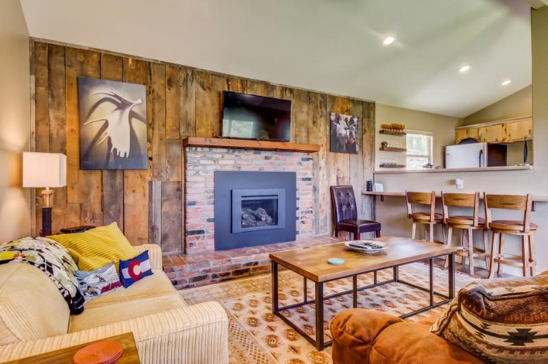 Secluded, newly remodeled Durango beauty with large yard and close to town! - Image 1 - Durango - rentals