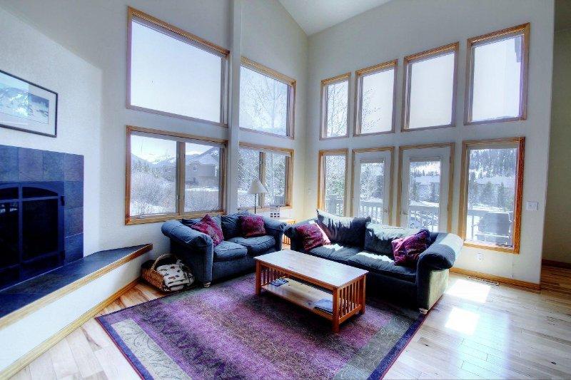 """SkyRun Property - """"130 Meisel Drive"""" - Living Room - 130 Meisel Drive - Keystone - rentals"""