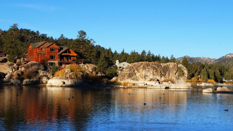 Luxury Boulder Bay Lakefront - Image 1 - City of Big Bear Lake - rentals
