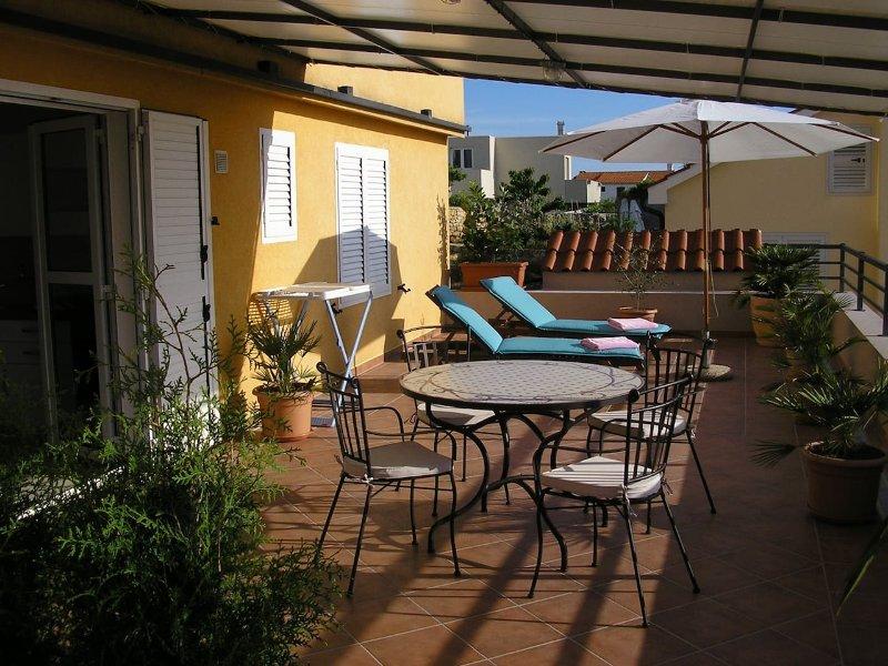 Apartments Novak Ciko | Apt. Garden (2+1) - Image 1 - Hvar - rentals