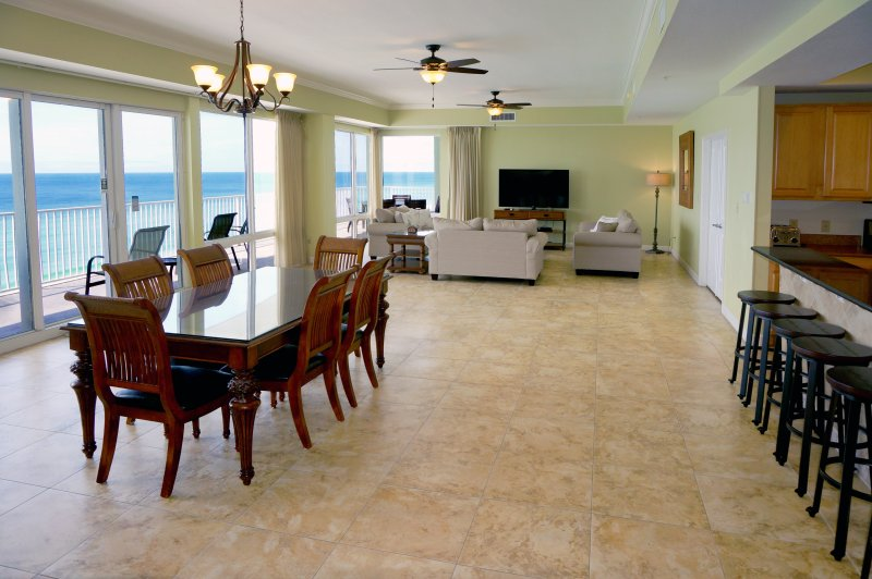 4 Bedroom PENTHOUSE * 2 Gulf Front Master Suites - Image 1 - Panama City Beach - rentals