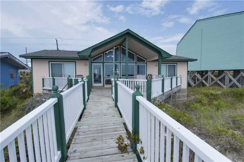 Front Row - Image 1 - Emerald Isle - rentals