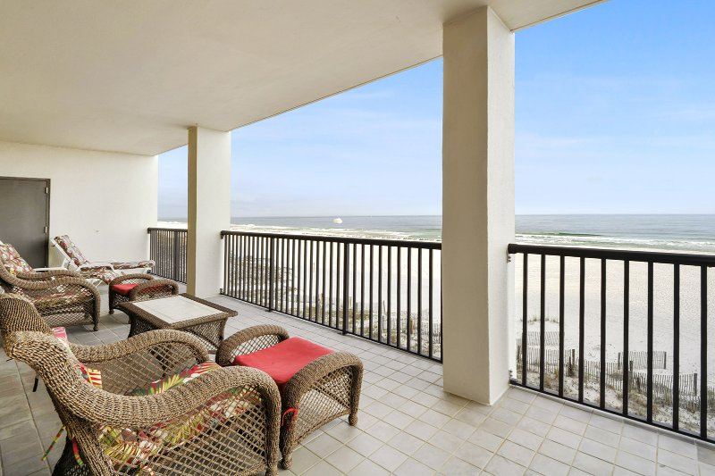 The Palms 304C~ three beds, 3 baths corner unit! - Image 1 - Orange Beach - rentals