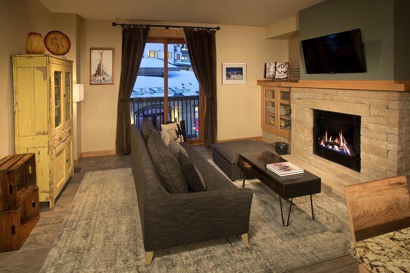 Taos Ski Valley Ski-in/Out One Bedroom Condo - Image 1 - Taos Ski Valley - rentals