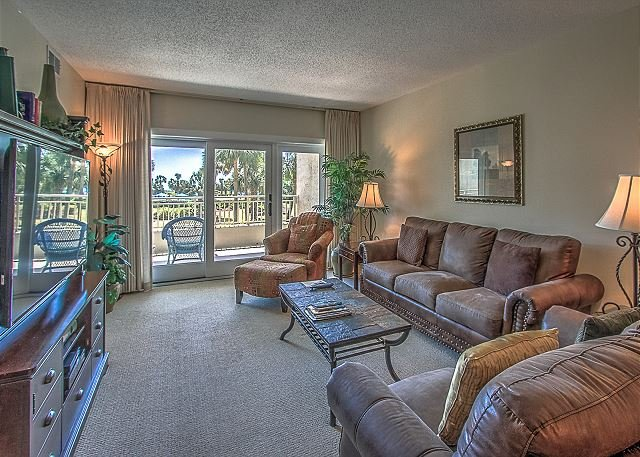 Living Area - 134 Shorewood- Beautiful Oceanviews! May weeks available.  Book Now. - Hilton Head - rentals