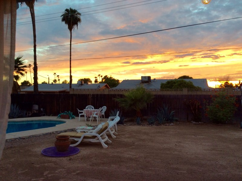 Amazing sunsets! - Tempe  Getaway -- Half or Whole house rental - Tempe - rentals