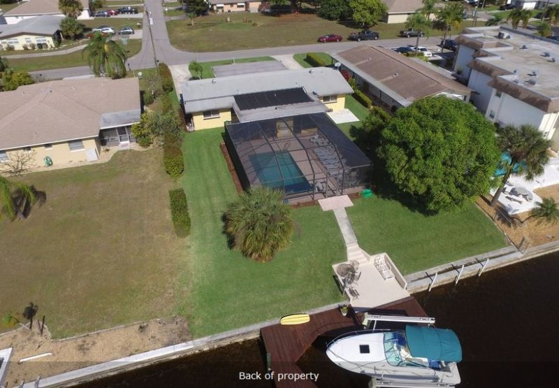2 Bedroom Salt Pool Home on Intersecting Canal 2 - Image 1 - Cape Coral - rentals