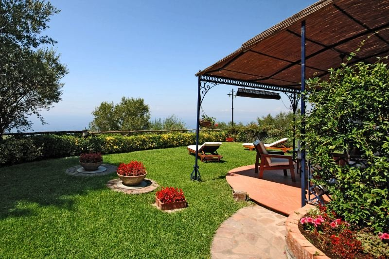 Charming Apartment Near Sorrento Overlooking Gulf of Naples         - Calla - Image 1 - Sant'Agata sui Due Golfi - rentals