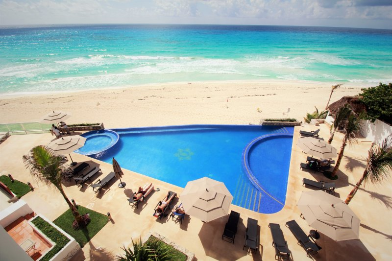 bird's eye view - CLUB ZONE CONDO WITH INCREDIBLE VIEW AND BEACH - Cancun - rentals