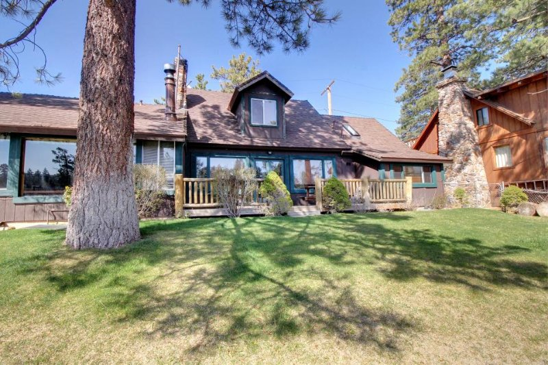 Lakefront cabin with private dock - perfect for groups! - Image 1 - Big Bear Lake - rentals