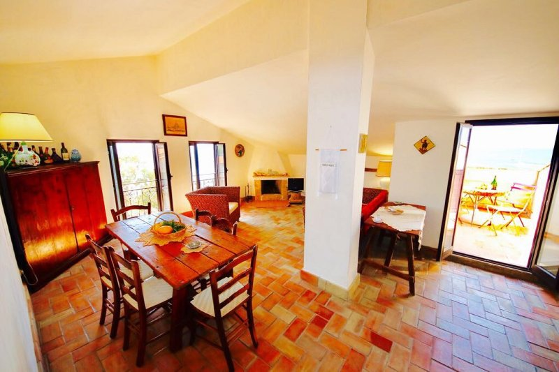 LUNA 2BR-80 meters from the beach by KlabHouse - Image 1 - Sciacca - rentals