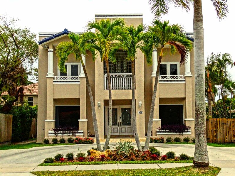 Luxury Beachwalk Villa - Image 1 - Hollywood - rentals
