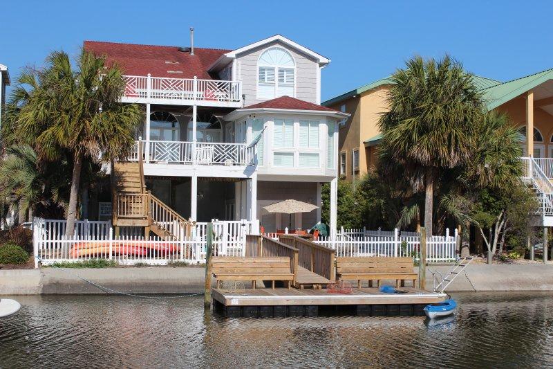 Canal Waterfront-6BR-Golf Cart,Kayak,Pool-37Moore - Image 1 - Ocean Isle Beach - rentals