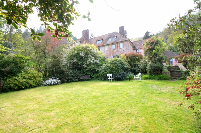 Conifer House, West Porlock - Large country residence with coast views, ideal - Image 1 - Porlock Weir - rentals