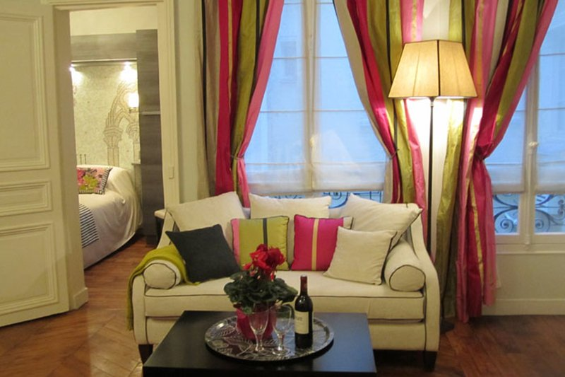 One-of-a-kind two bedroom with custom mosaic tile work, 100 metres from Le - Image 1 - Paris - rentals