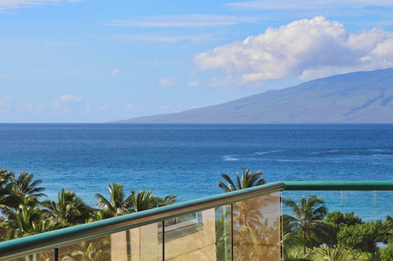 Maui Resort Rentals: Honua Kai Konea 645 - Upgraded 6th Floor Interior 2BR w - Image 1 - Lahaina - rentals