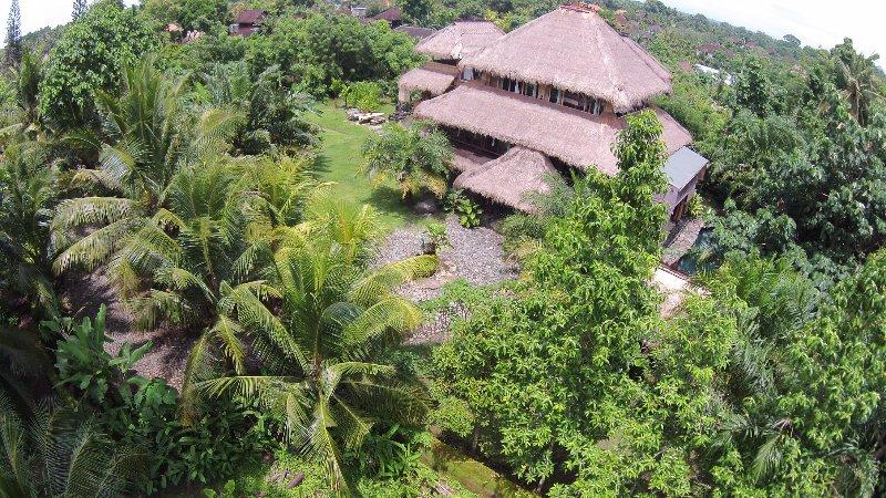 Amazingly & Unique Lila Bamboo villa Bali - Amazingly & Unique Lila Bamboo Villa Bali Indonesia - Mas - rentals
