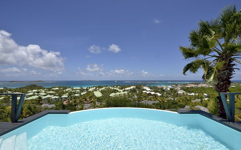 DOLCE VITA... 3 BR with breathtaking views over Orient Bay ... Sweet Villa!! - Image 1 - Orient Bay - rentals