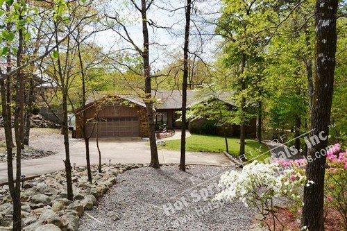 21ToleDr |Lake DeSoto Home | Sleeps 6 - Image 1 - Hot Springs Village - rentals