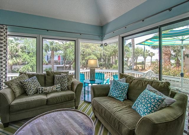 View - 8 Osprey - Oceanviews from your porch & 25 steps to the beach. - Hilton Head - rentals