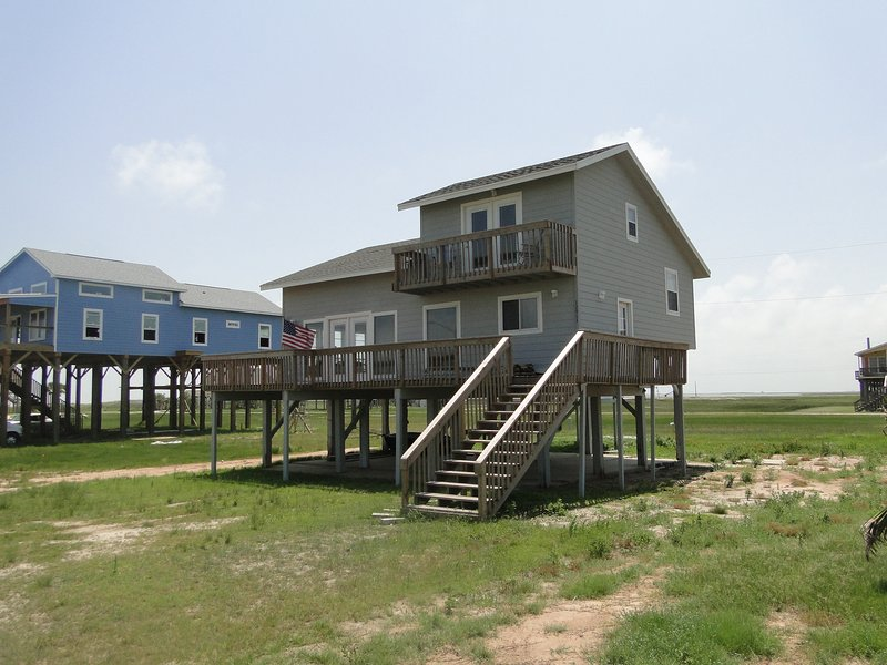 Great Beach House in Best Beachside Subdivision - Image 1 - Galveston - rentals