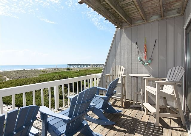 Wright By The Sea Oceanfront Deck - Wright By The Sea - Relax and enjoy the beach at this comfy oceanfront condo - Wrightsville Beach - rentals