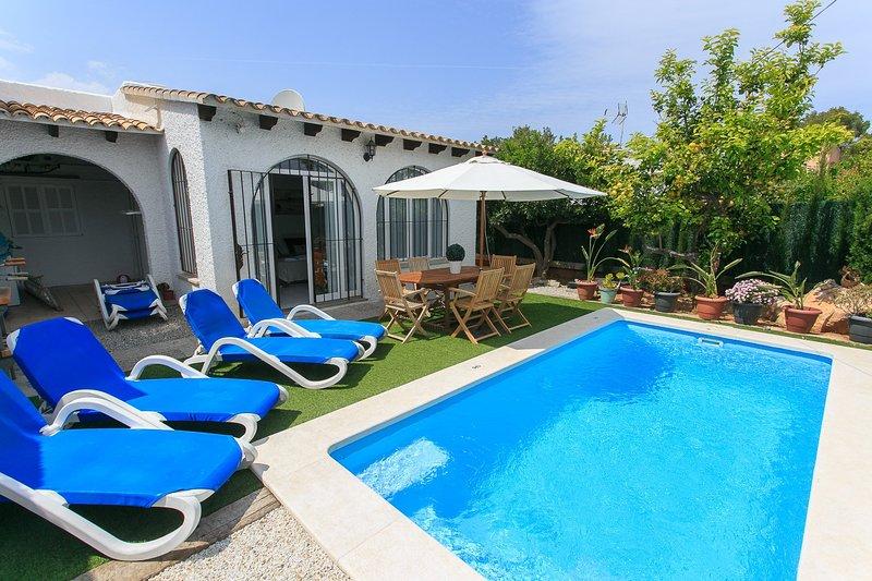 Beach Villa Belgica - Image 1 - Puerto de Alcudia - rentals