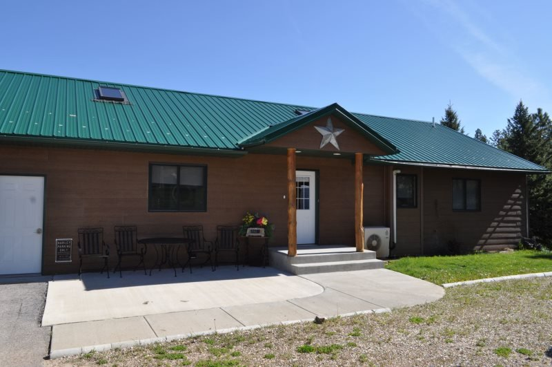 4 Evergreens Retreat - by the Golf Course! - Image 1 - Sturgis - rentals