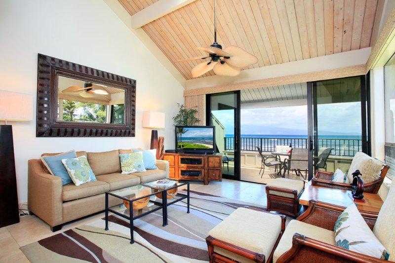 Unit 35 Ocean Front Prime Luxury 2 Bedroom Condo - Image 1 - Lahaina - rentals