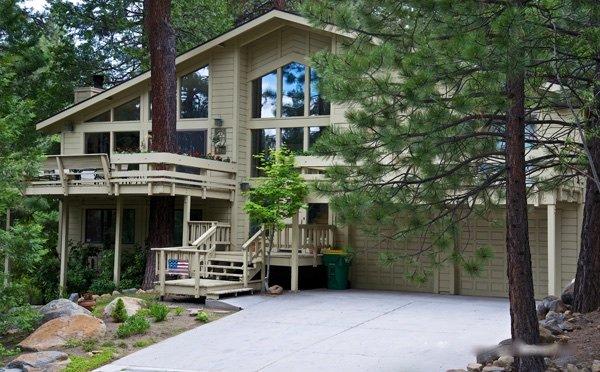 Cozy Tahoe Mountain Retreat ~ RA3429 - Image 1 - Incline Village - rentals