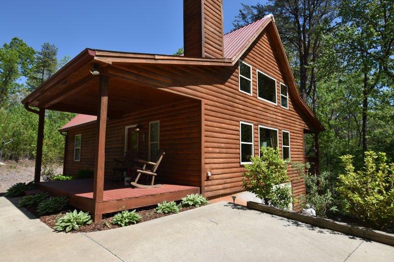Laurel Mountain Lodge - Family Escape!! - Image 1 - Helen - rentals