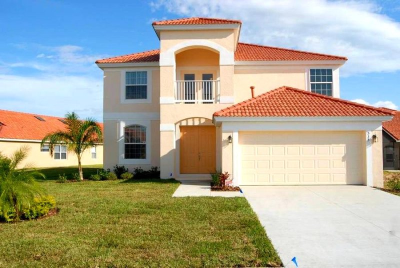 5 Br 5 Ba pool home with spa and Game room - Image 1 - Loughman - rentals