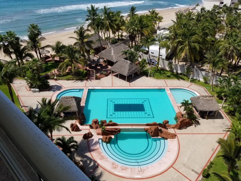 Balcony view  - Ocean Front 1 BD Condo Cerritos Beach - Mazatlan - rentals