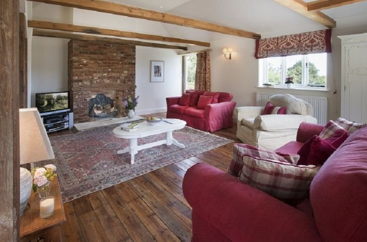 Coach House Barn - Image 1 - Staplecross - rentals